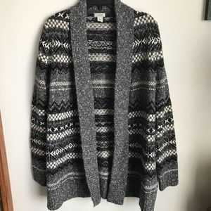 L.L. BEAN Small open front cardigan black gray